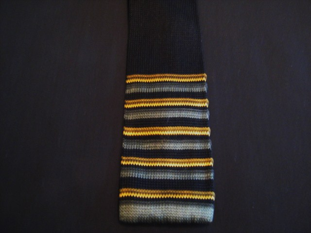 Black/yellow/grey striped knitted tie