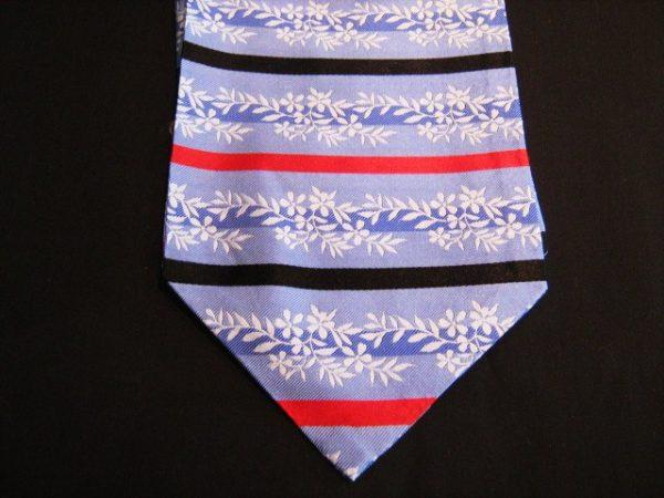 Lilac floral silk cravat-0