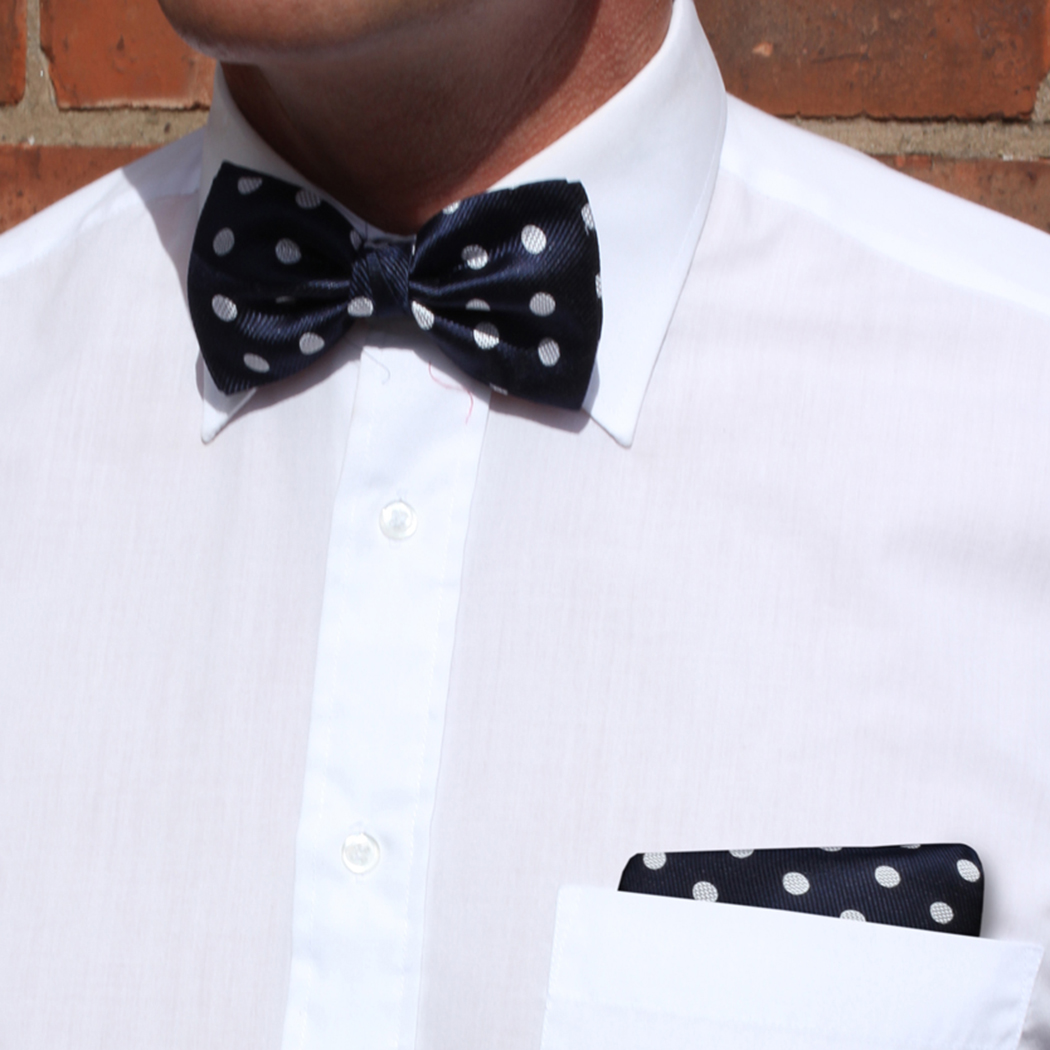 Navy/white polka dot Silk Bow Tie