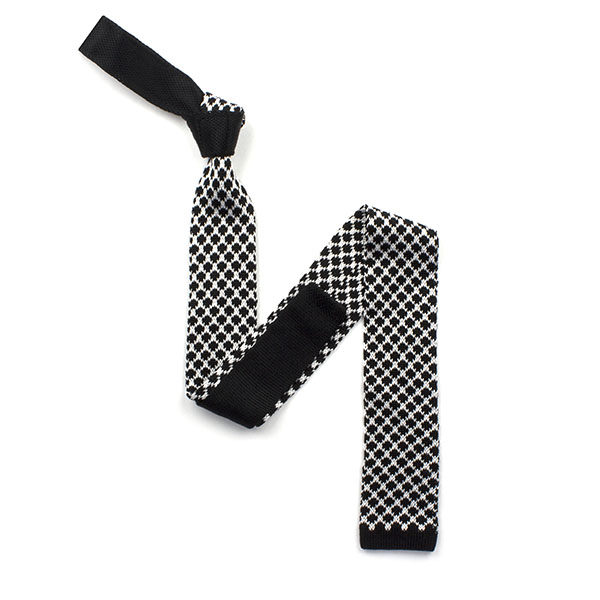 Black/white patterned silk knitted tie-0