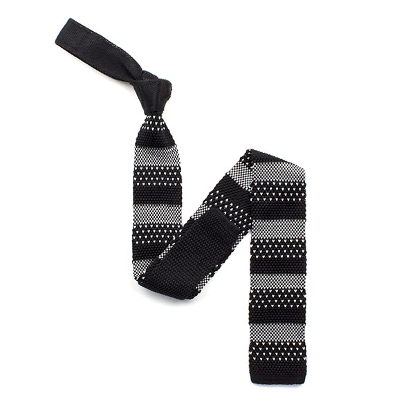 Black/white broad striped silk knitted tie