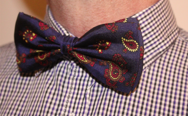 NAVY PAISLEY PRINTED SILK BOW TIE-0