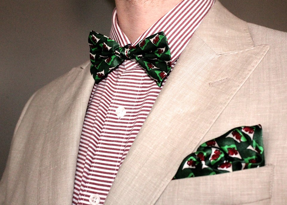Wales Silk Bow Tie and matching Pocket Square