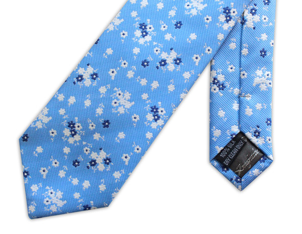 BLUE/WHITE SMALL FLORAL WOVEN SILK TIE