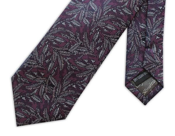 BURGUNDY LEAF DESIGN WOVEN SILK TIE