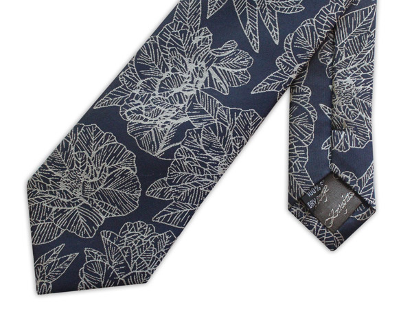 NAVY/WHITE LARGE FLORAL WOVEN SILK TIE