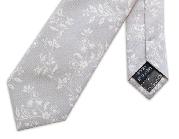 GREY/WHITE SMALL FLORAL WOVEN SILK TIE