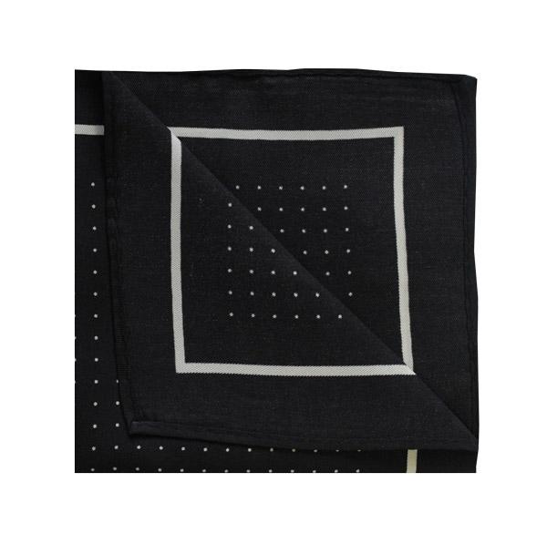 Pin dot square in black/white