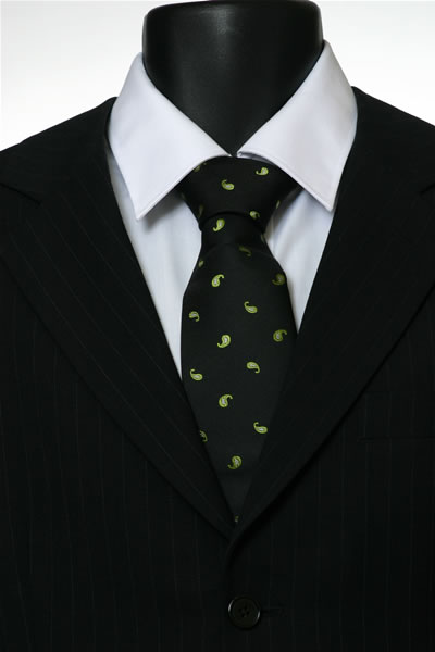 BLACK/GREEN PAISLEY POLKA DOT TIE