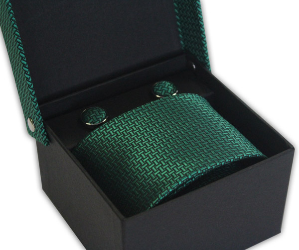 GREEN GEOMETRIC DESIGN TIE & CUFFLINK SET