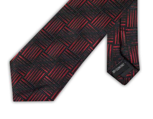 BLACK/RED GEOMETRIC TIE