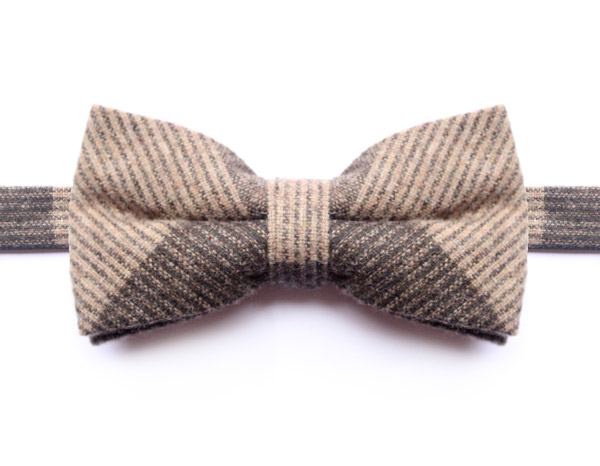 LARGE BEIGE/BROWN CHECK BOW TIE