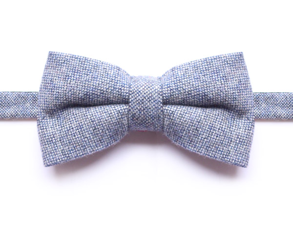 SPECKLED LIGHT BLUE PURE WOOL BOW TIE