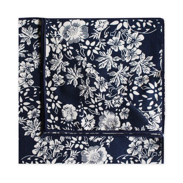 NAVY/WHITE FLORAL SQUARE-0