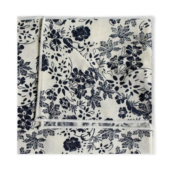 CREAM/NAVY FLORAL SQUARE-0