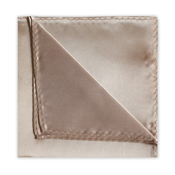 BEIGE POLY SATIN SQUARE