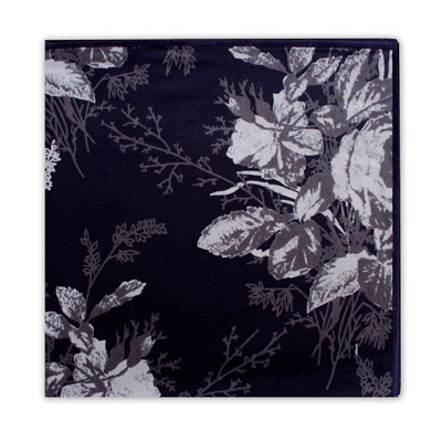 BLACK & WHITE FLORAL SQUARE-0